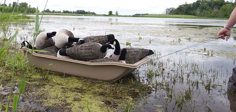 Top 9 Best Duck Hunting Boat Reviews (aka Decoy Sleds)